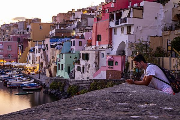 Rivestimenti esterni Piani del Colore Procida foto di Dario Luongo