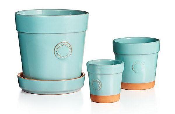 Gli oggetti da giardino più chic sono i vasi di Tiffany & Co