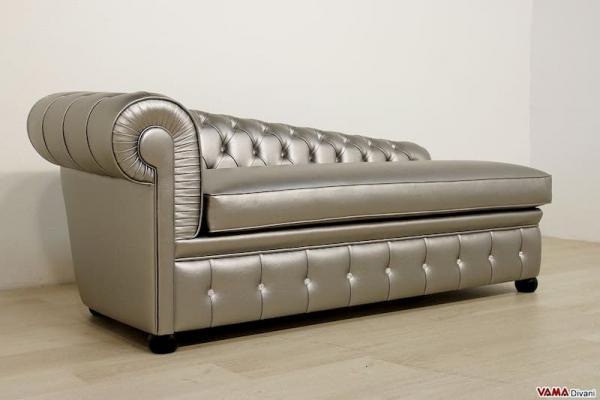 Chaise longue divano Chesterfield argento -  VAMA Divani