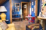 L'uso del colore sulle pareti è un alleato per riproporzionare gli spazi
