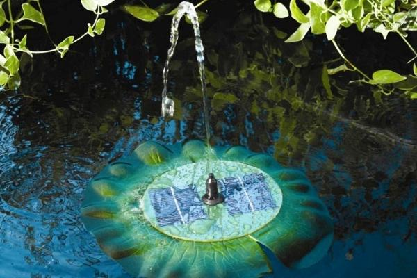 Fontana-solare-da-giardino