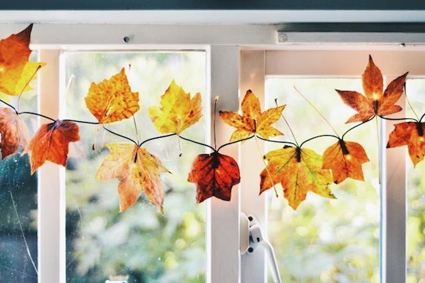 Decorazioni fai da te con le foglie secche: luminarie, da wallflowerkitchen.com