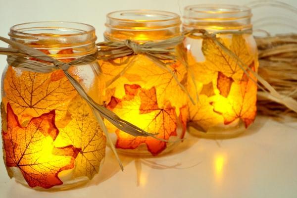 Riciclo foglie secche: portacandele decorato, da sparkandchemistry.com