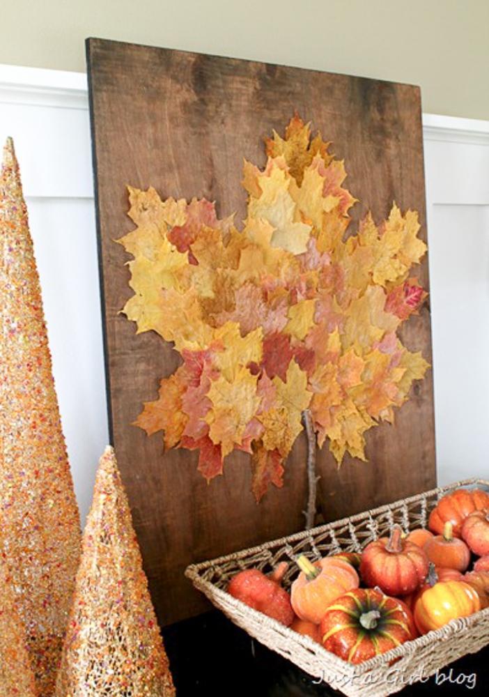 Quadro con il riciclo di foglie secche, da justagirlblog.com