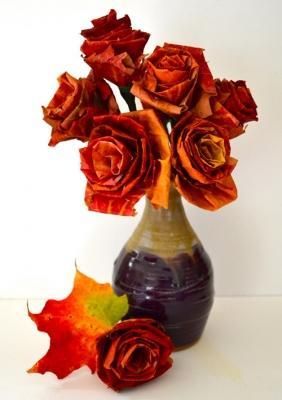 Riciclo foglie secche: bouquet, da designsponge.com