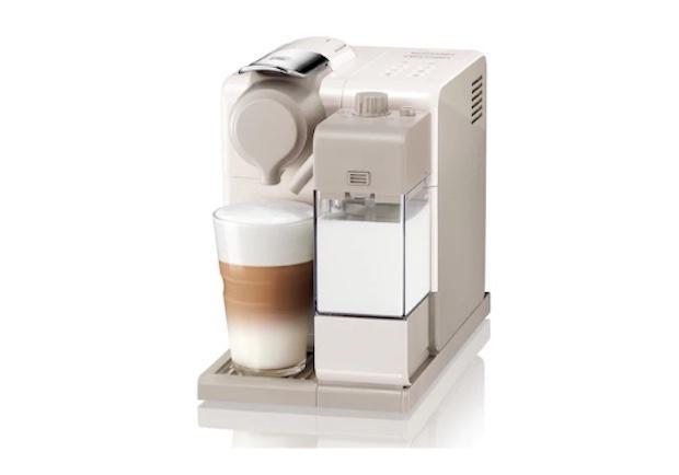 Piccoli elettrodomestici per la colazione: macchina cappuccino, da Nespresso