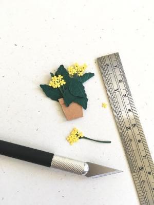 Mini piante fatte con la psaligrafia da Studio Abloom
