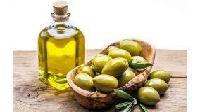 Olio di oliva: gli usi alternativi per la casa