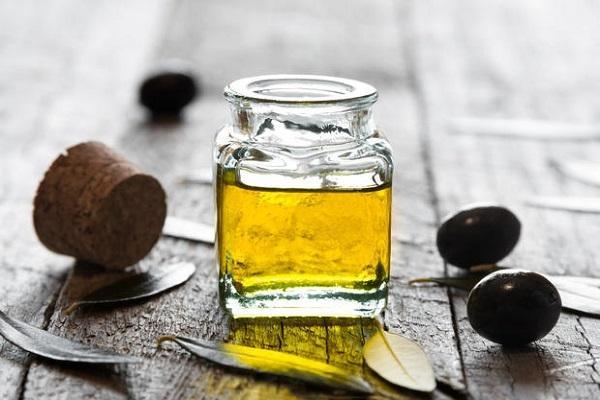 Vasetto di olio d'oliva