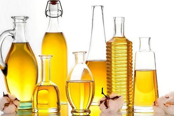 Bottiglie di olio d'oliva da diffen.com