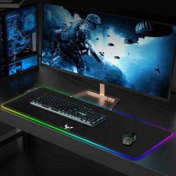Pad per gaming luminosa e maxi su Amazon