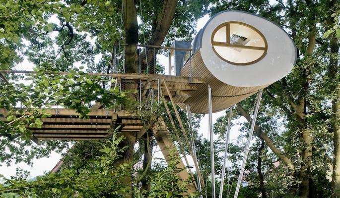 Casa sull'albero prefabbricata Djuren - Progetto e foto by studio Baumraum