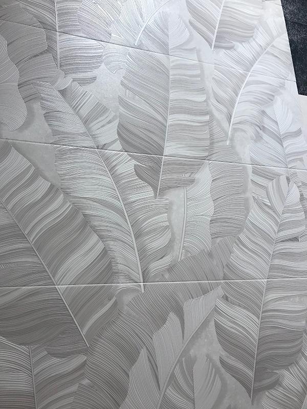 Ceramiche effetto carta parati Fap Ceramiche Nux Cersaie 2019