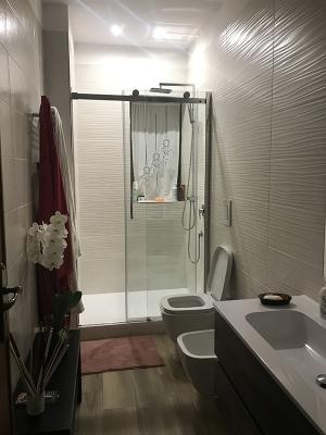Progetto bagno con luci a led design Adriana Zingone