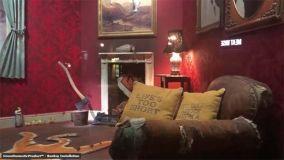 Banksy fa ancora notizia col suo negozio di arredamenti a Londra