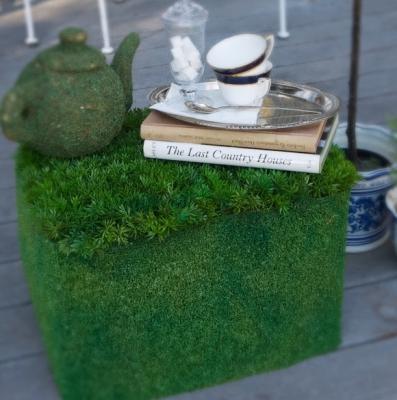 Riciclo creativo cassette di plastica: tavolino da esterno, da pennywiseblog.blogspot.com