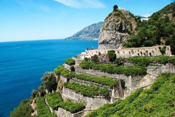 Muretti contenimento in pietra Costiera Amalfitana