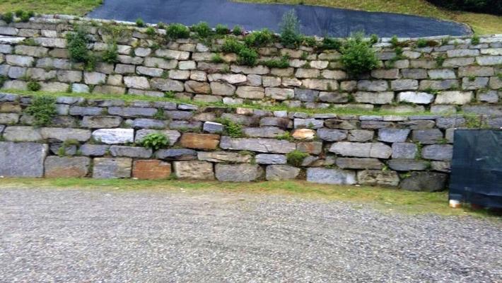 Muretti di contenimento in pietra - Beole e Marmi Pelganta Giorgio
