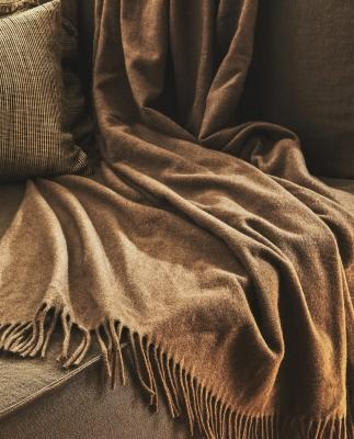 Coperta in cashmere - Design e foto by Zara Home