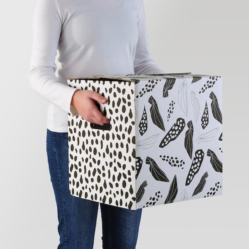 Cartone imballaggio Ombyte: bianco e nero maculato - Design e foto by Ikea