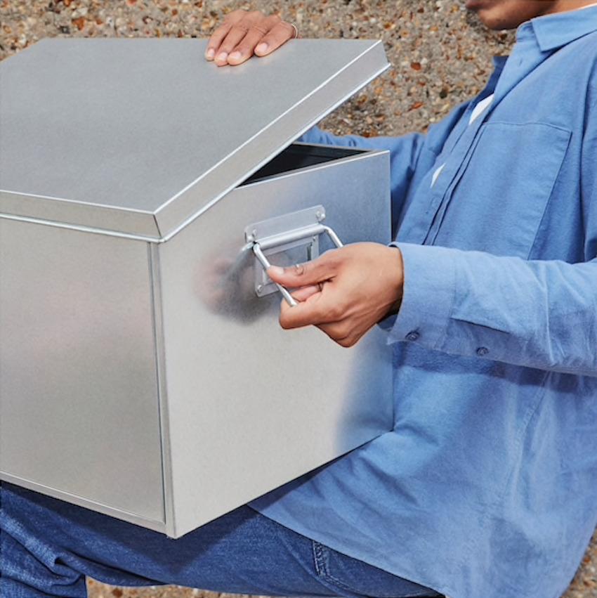 Scatola Ombyte con coperchio in acciao galvanizzato - Design e foto by Ikea