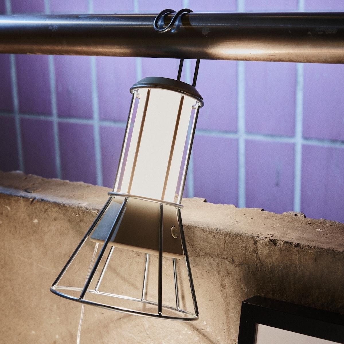 Lampada LED multiuso Ombyte - Design e foto by Ikea