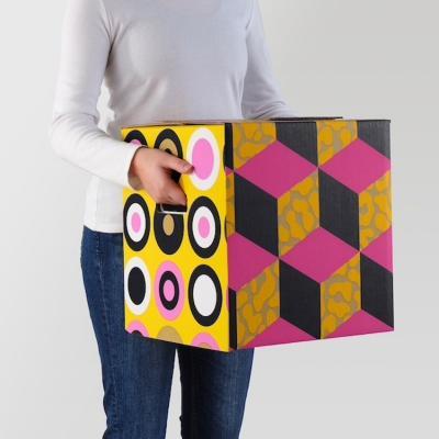 Cartone imballaggio Ombyte con forme geometriche - Design e foto by Ikea