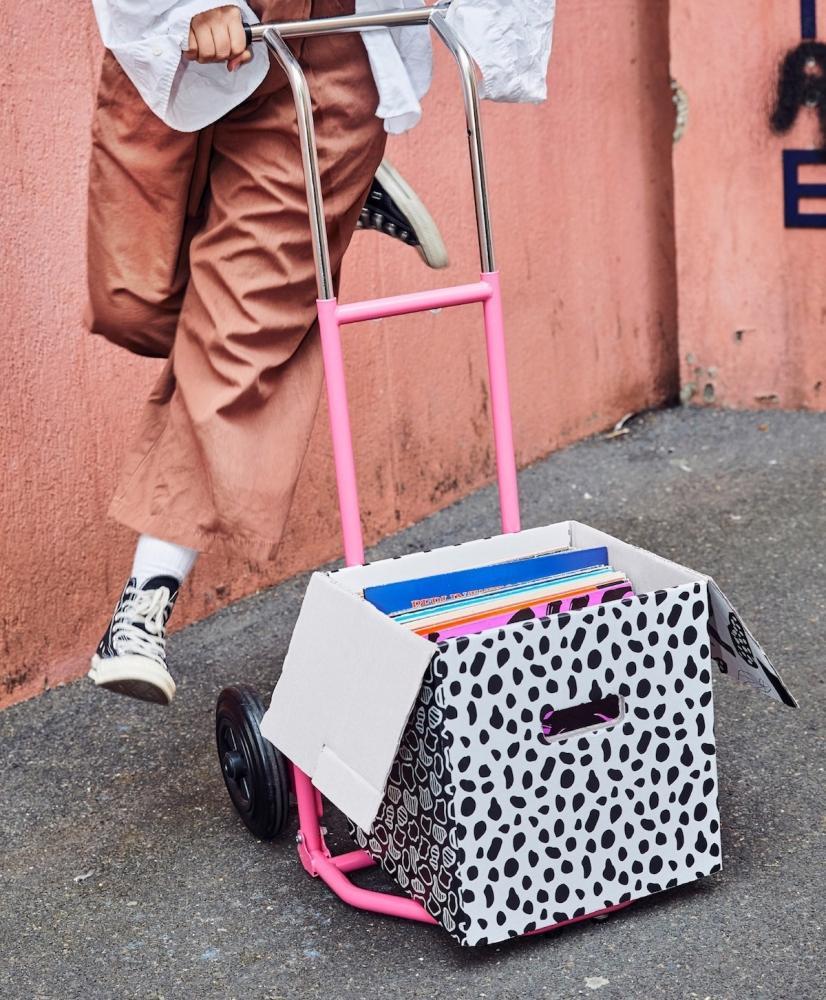 Carrello Ombyte rosa - Design e foto by Ikea