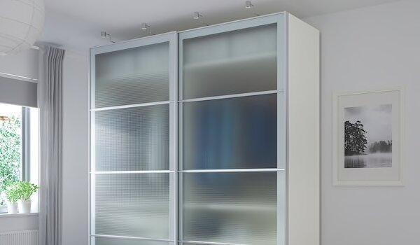 Ante Nykirke in vetro smerigliato - Design e foto by Ikea