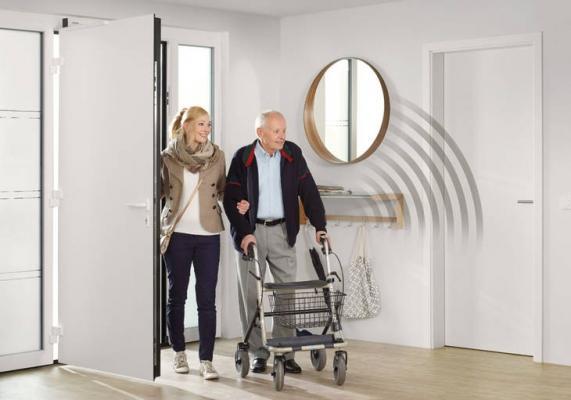 I sistemi per porte automatiche facilitano l'accessibilità a disabili ed anziani