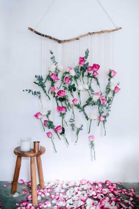Arredamento con rami secchi: decorazione floreale, da collectivegen.com