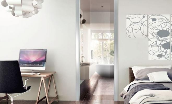 Ristrutturare casa - porta Scrigno in vetro stipite alluminio