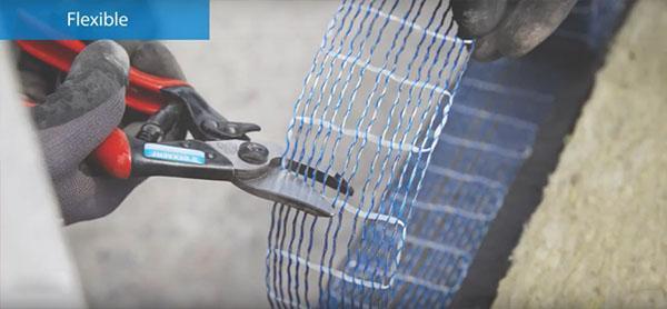 Taglio delle fibre di rinforzo per muratura armata Murfor Compact di Bekaert