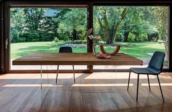 Tavolo sospeso Air - Design e foto by Lago