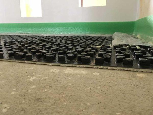 Sistema di posa del riscaldamento a pavimento