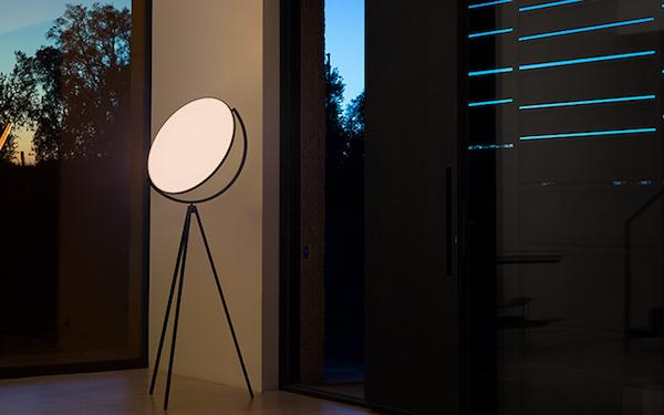 Lampada Superloom - Design J. Morrison, foto by Flos