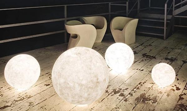 Ex Moon Garden Floor Light - foto e design by InEs.Artdesign