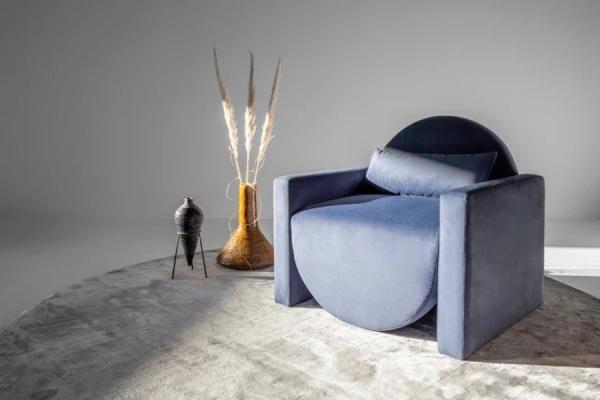 Poltrona ispirata alla fase di Luna piena - Design Mia Senekal, foto by murrmurr