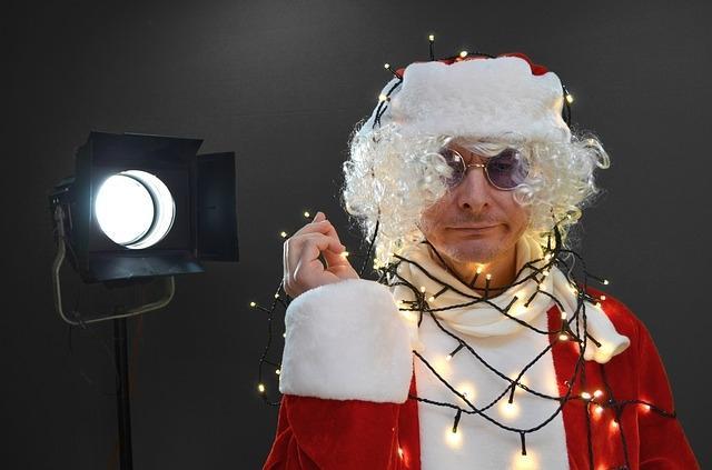 Luci natalizie fai da te per esterno