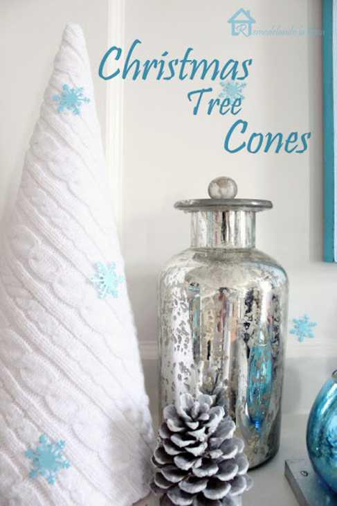 Addobbi natalizi: coni rivestiti di lana, da remodelandolacasa.com