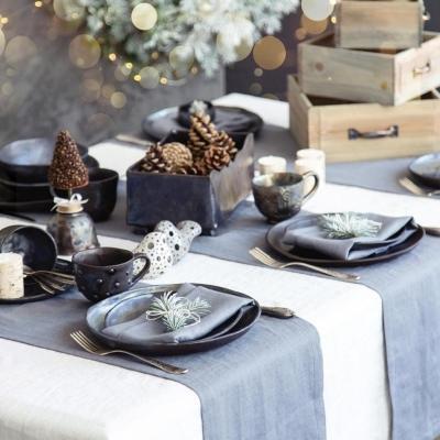 La tavola delle feste, da charmeandmore.it