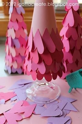 Albero romantico con cuori di carta igottacreate.blogspot.com