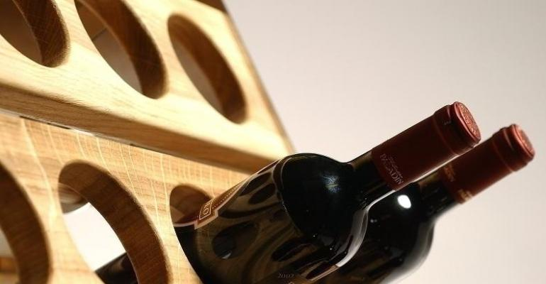 Cantina in casa - scaffale in legno Esigo