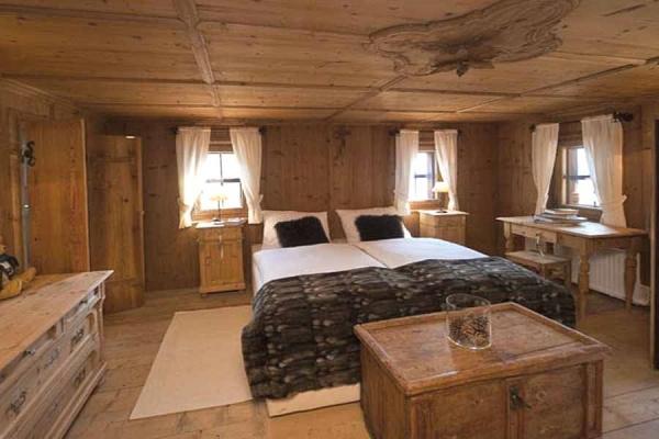 Camera da letto stile montagna - Fabrika Arredamenti Italia