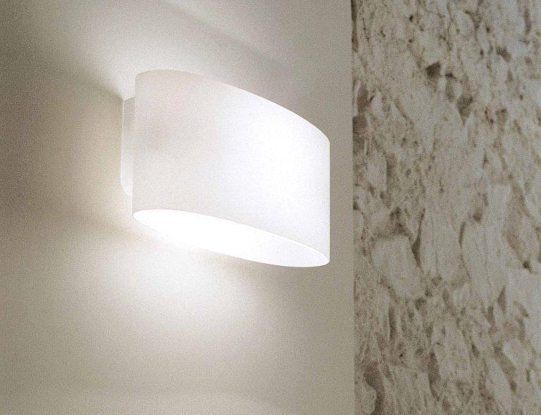Illuminazione parete ingresso - Vittoria Leucos