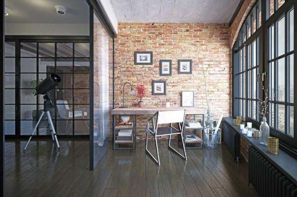 Una parete in mattoni è tipica dello stile industriale