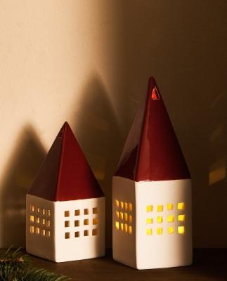 Collezione natalizia Zara Home: luci a forma di casetta
