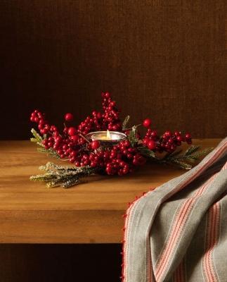 Collezione natalizia Zara Home: portacandele a forma di ghirlanda