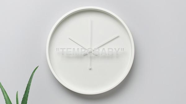 Orologio da parete MARKERAD by Ikea e Virgil Abloh