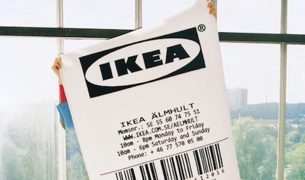 Tappeto a pelo corto linea MARKERAD by Ikea e Virgil Abloh